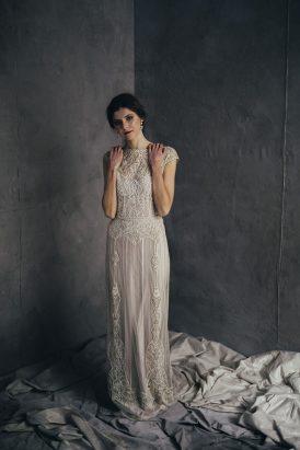 Silver & Ivory Contemporary Bridal Inspiration033