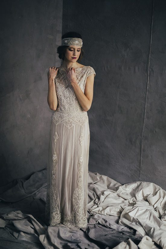 Silver & Ivory Contemporary Bridal Inspiration035