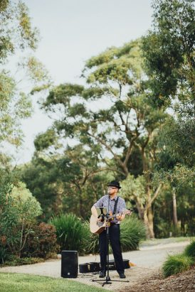 Elegant Somersby Gardens Estate Wedding020
