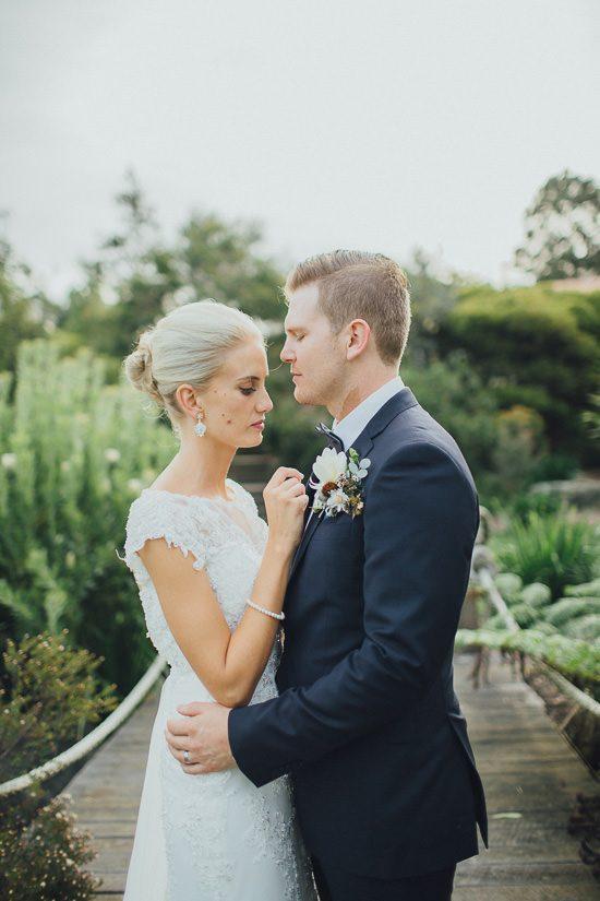 Elegant Somersby Gardens Estate Wedding040