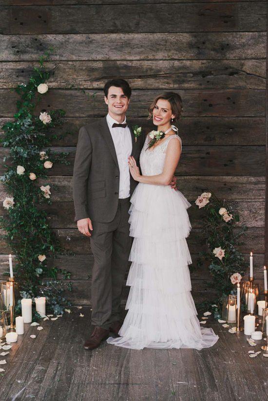 Indoor Rustic Chic Wedding Ideas034