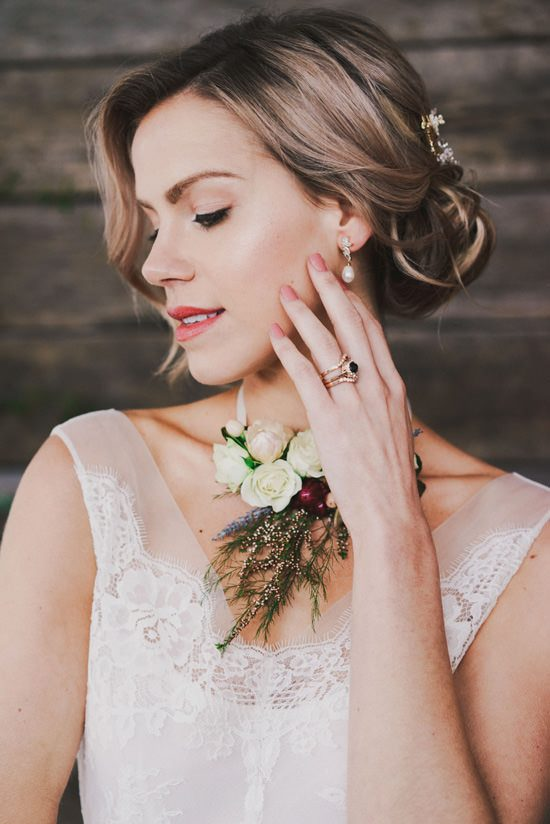 Indoor Rustic Chic Wedding Ideas050