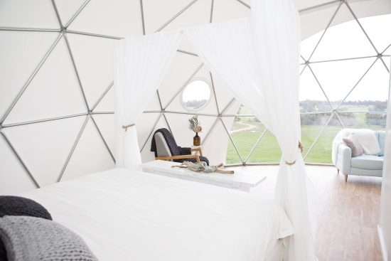 mile-end-glamping_image-by-zahra-creative-550x367