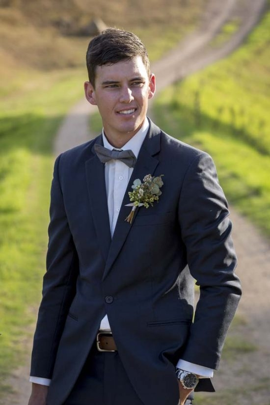 wedding_finals-466-1-550x825
