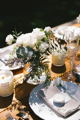 ranunculus-wedding-centrepiece
