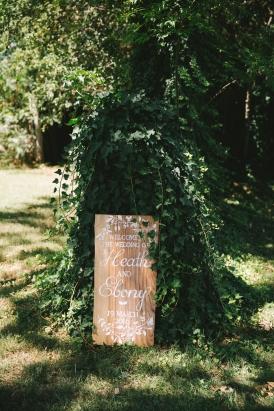 wedding-ceremony-welcome-sign