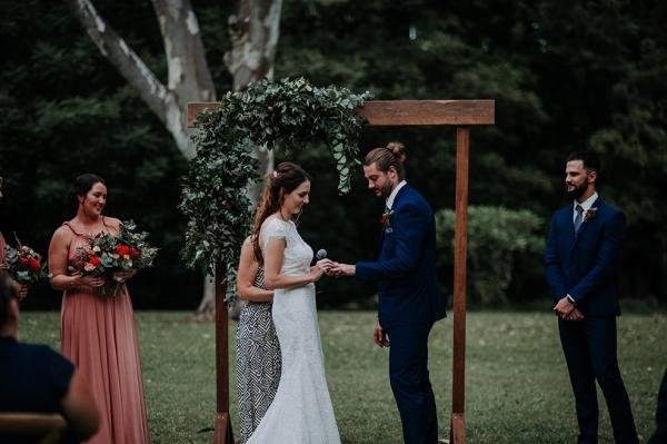 121740 madeleine aarons rustic intimate botanical gardens wedding by dani drury