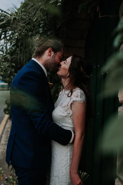 121756 madeleine aarons rustic intimate botanical gardens wedding by dani drury