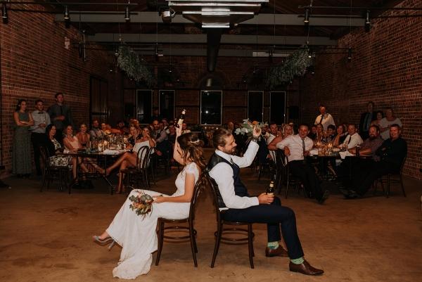 121787 madeleine aarons rustic intimate botanical gardens wedding by dani drury