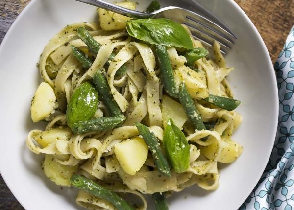green bean potato pesto pasta 2