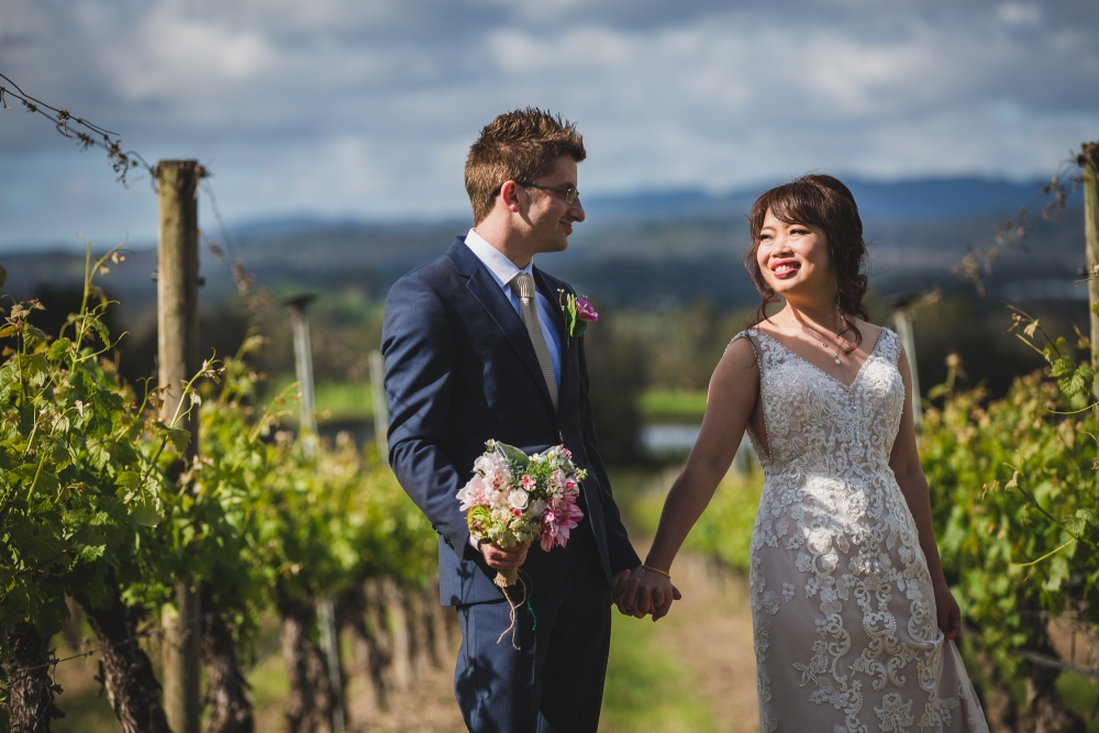 106065 simple lunchtime stones of the yarra valley wedding by twentyone photos