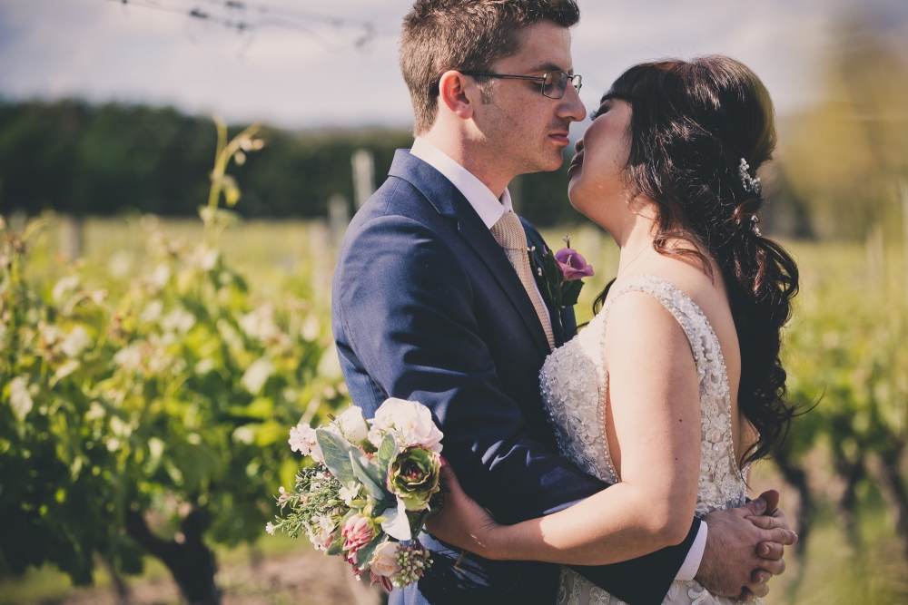 106068 simple lunchtime stones of the yarra valley wedding by twentyone photos