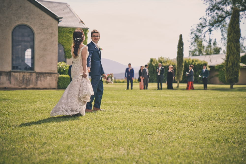 106071 simple lunchtime stones of the yarra valley wedding by twentyone photos