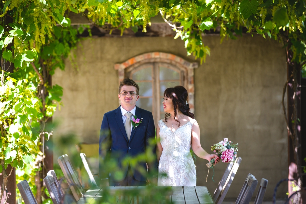 106079 simple lunchtime stones of the yarra valley wedding by twentyone photos