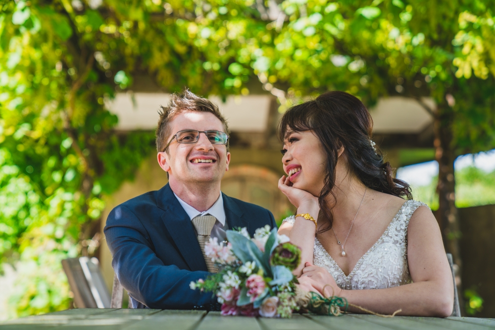 106081 simple lunchtime stones of the yarra valley wedding by twentyone photos