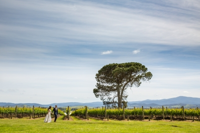 106083 simple lunchtime stones of the yarra valley wedding by twentyone photos