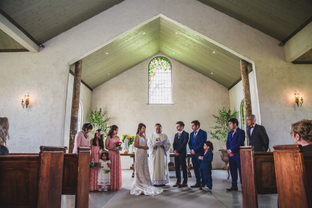 106108 simple lunchtime stones of the yarra valley wedding by twentyone photos