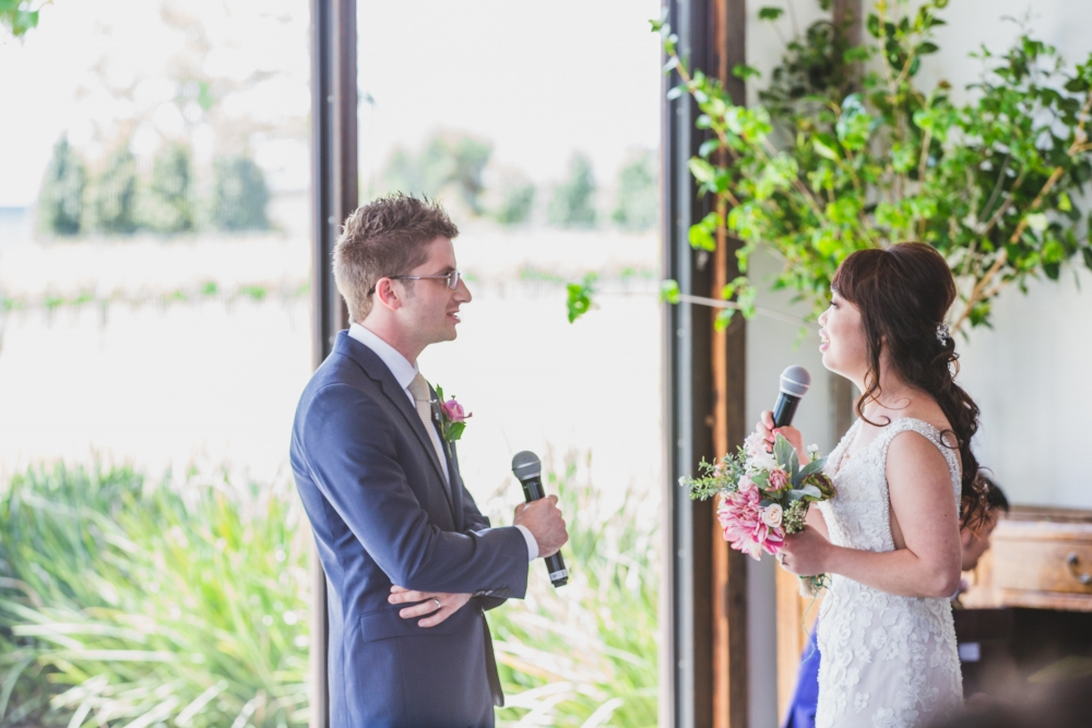 106138 simple lunchtime stones of the yarra valley wedding by twentyone photos