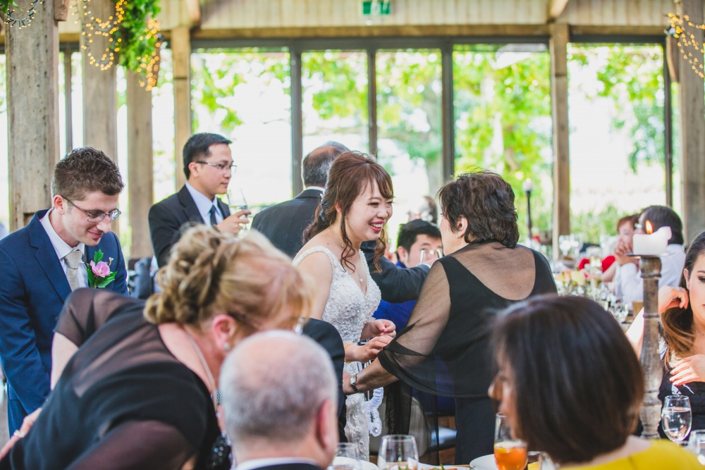 106166 simple lunchtime stones of the yarra valley wedding by twentyone photos