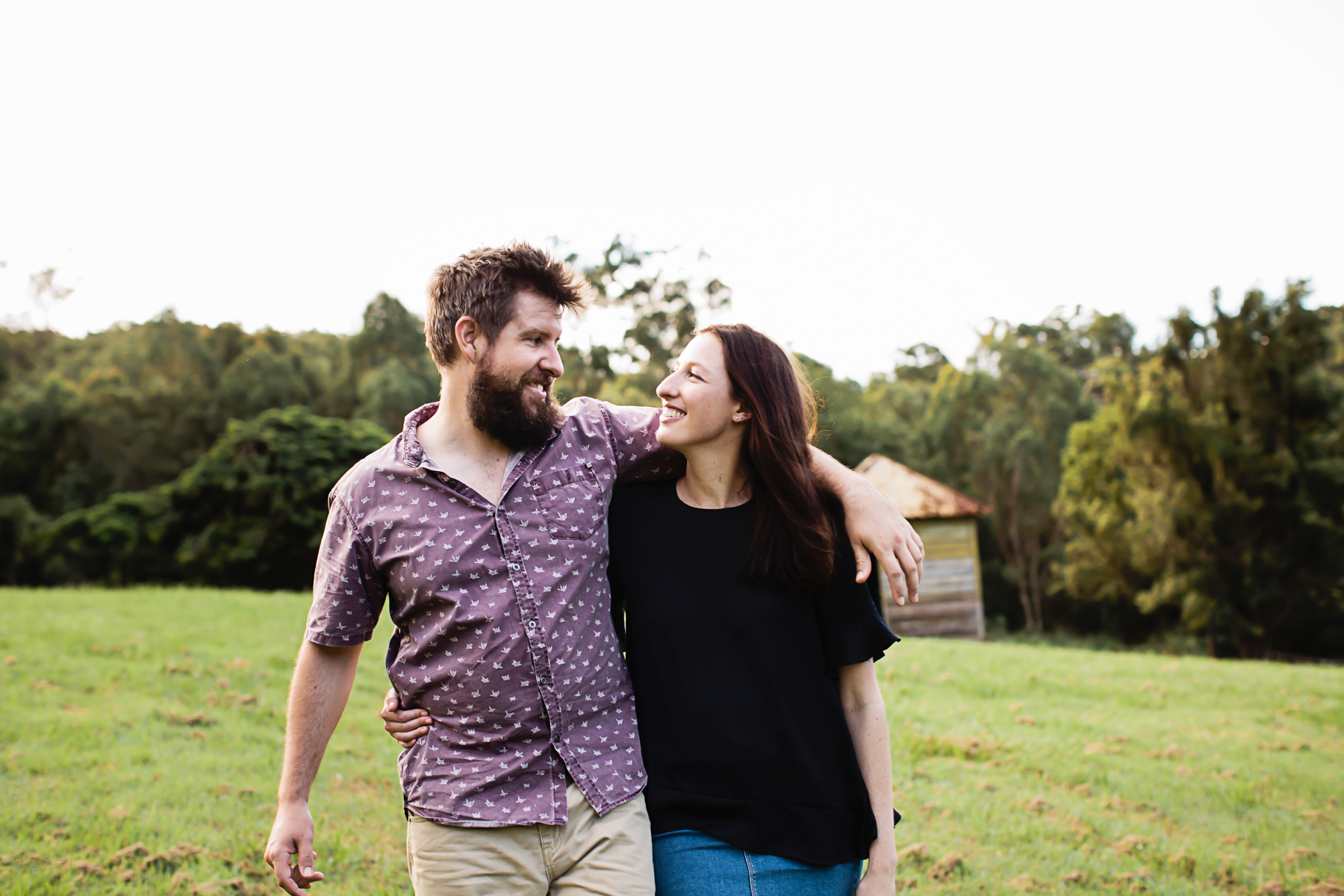116582 relaxed queensland country engagement by quince mulberry studios