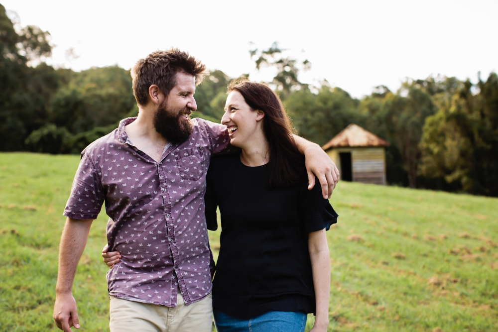 116583 relaxed queensland country engagement by quince mulberry studios