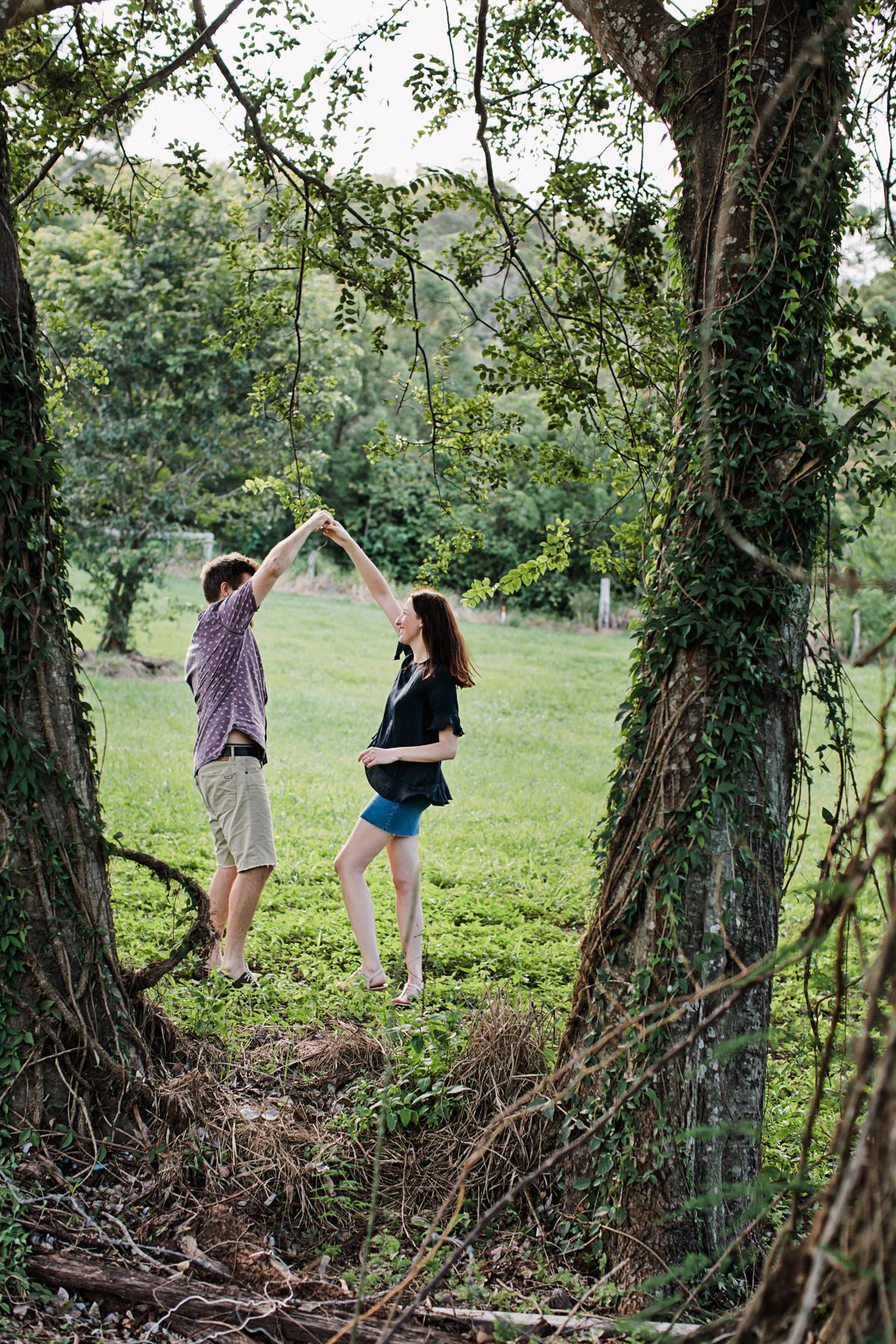 116593 relaxed queensland country engagement by quince mulberry studios