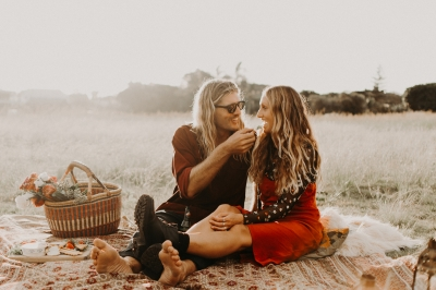116643 sunset picnic engagement in byron bay by kim akrigg