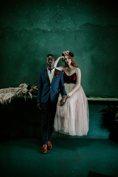 124781 moody avante garde winter wedding inspiration by samantha simone photography