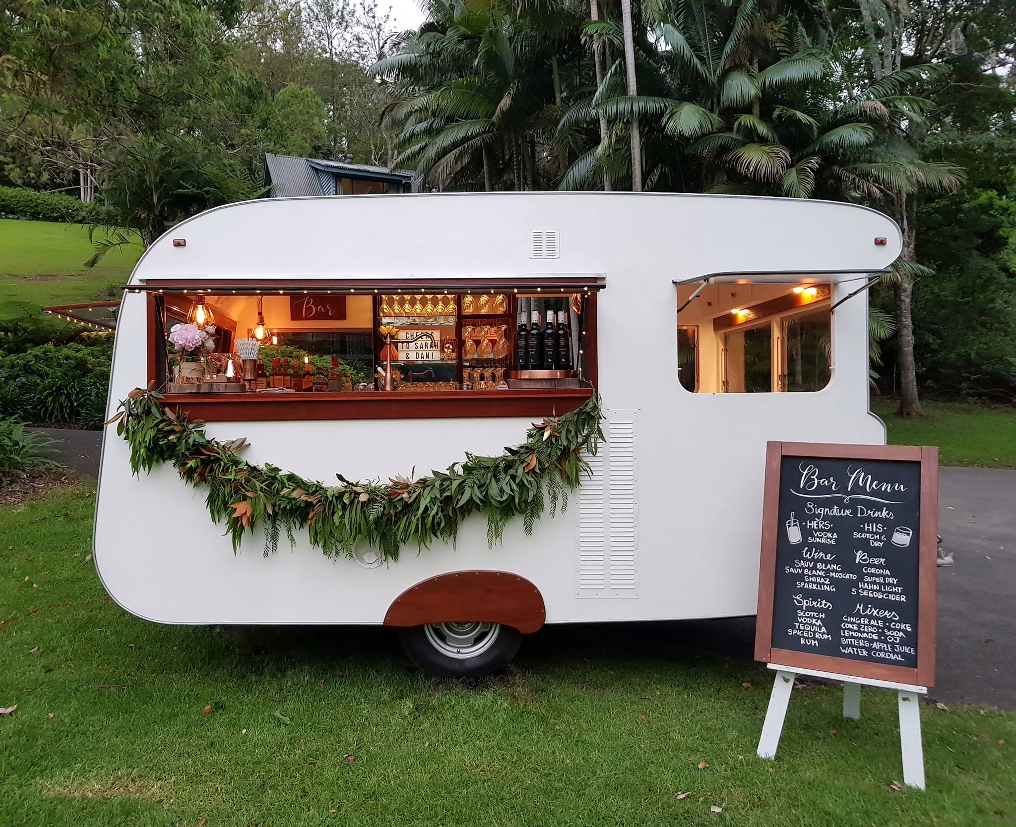 Wedding Food Trucks Carts In Queensland Polka Dot Wedding