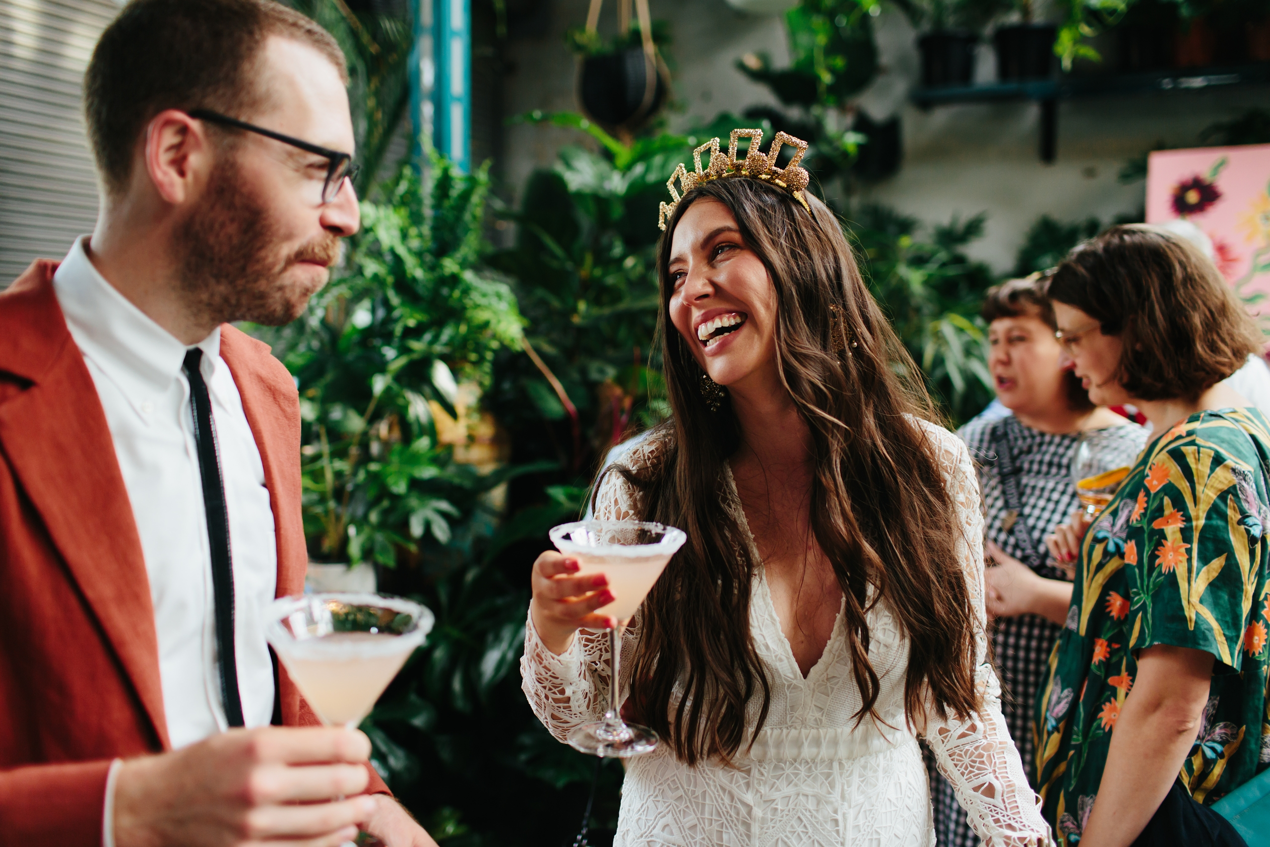 Why To Consider Having A DJ Play During Wedding Cocktail Hour